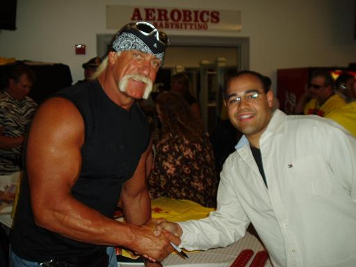 Brenden Moore and Hulk Hogan share a moment!